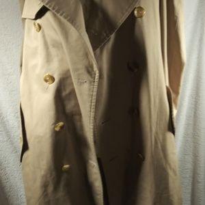 Burberry Jackets & Coats - Burberry Classic Trench Coat